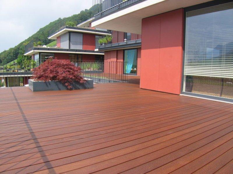 Terrasse Holz Glatt Oder Geriffelt ~ Terrassenboden aus IPE geriffelt unbehandelt und IPE glatt geölt
